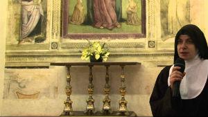 Madre Sara, la badessa del monastero di Sant'Agnese
