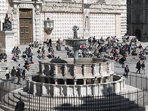 La Fontana Maggiore e il Duomo.Fonte: Comune di Perugia
